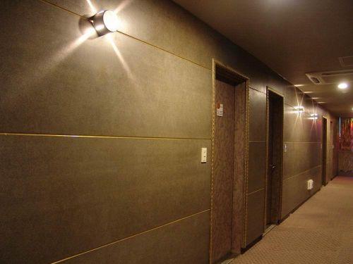 壁岩板做装饰外立面
